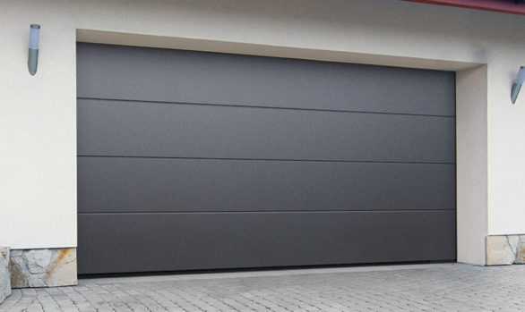 Puerta de garaje seccional de panel liso