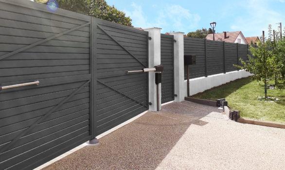 Puerta batiente para garaje