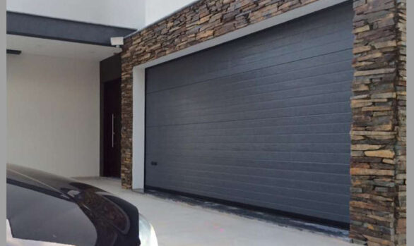 Puertas seccionales en garajes comunitarios